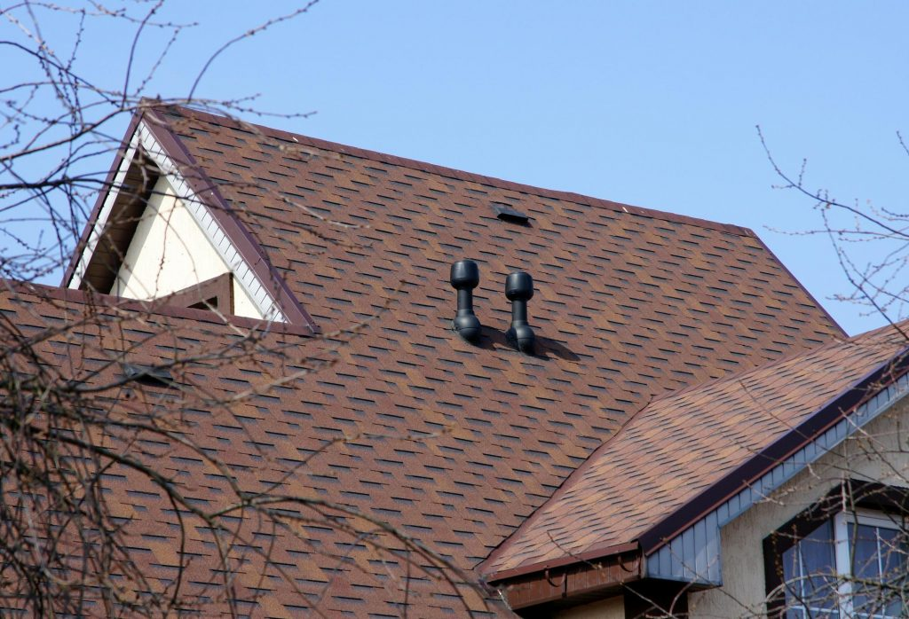 roofing expert doing residential roofing